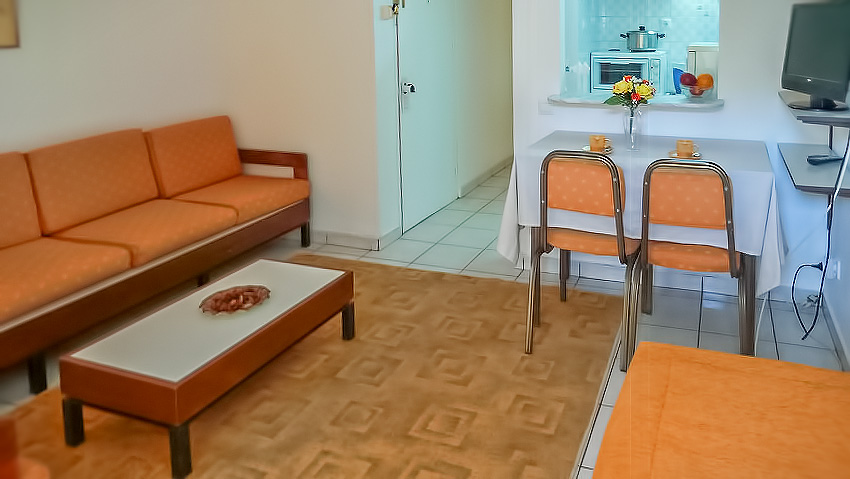 The Piccadilly Apartment - ZINA Economy Hotel Apartments Glyfada Athens