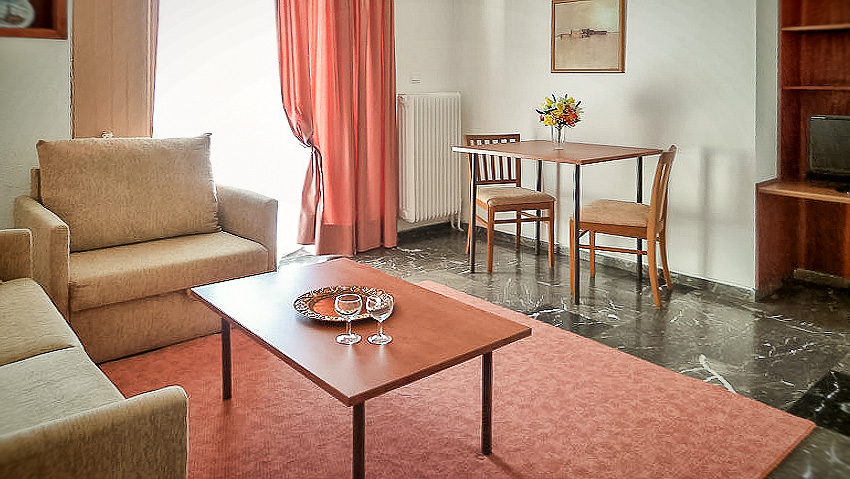 The Deluxe Apartment - ZINA Economy Hotel Apartments Glyfada Athens